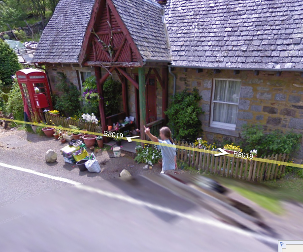 scottish-fellow-gives-google-street-view-a-bird-of-a-different-species-