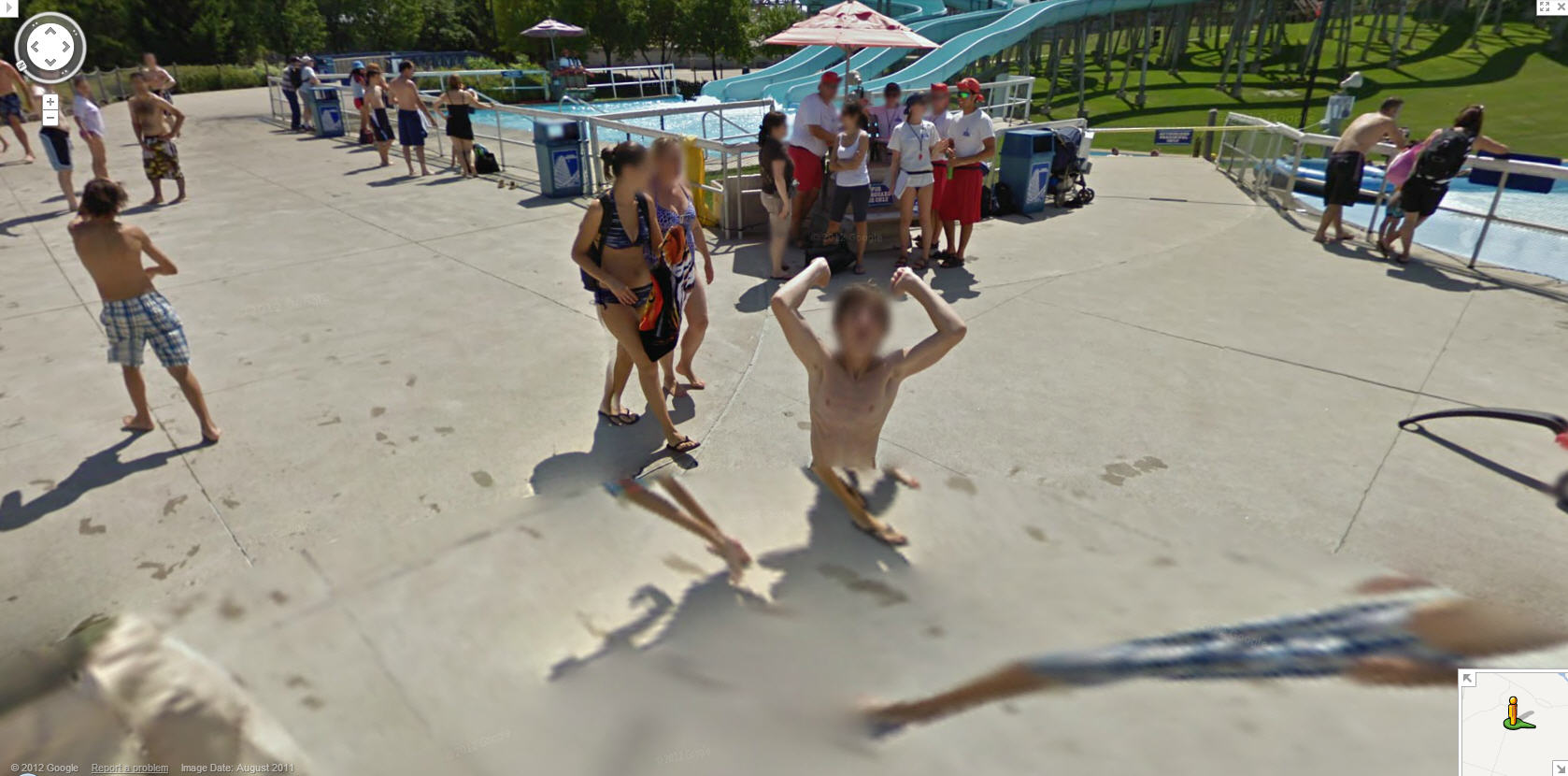 ... street view funny from Rio – another corpse via Google Street View