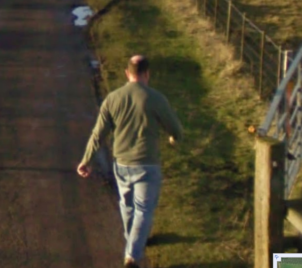 its-funny-google-street-view-driver-day-driver-opens-gate--