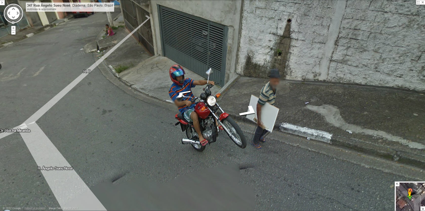 google-maps-street-view-brazil-captures-a-guy-showing-off-for-the-camera