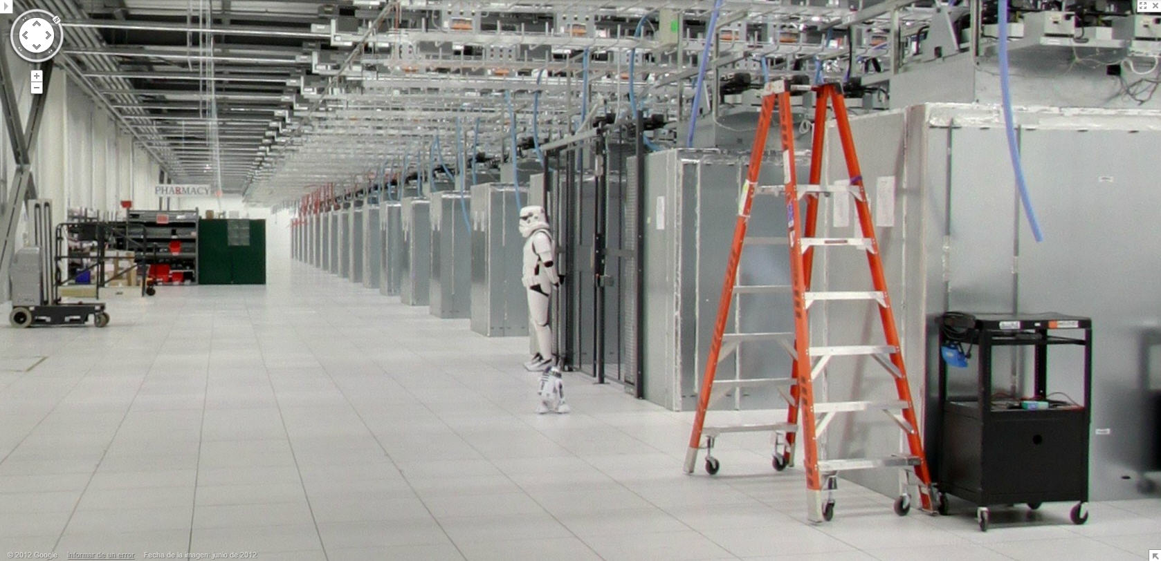 google-street-view-captures-a-storm-trooper-protecting-the-google-data-center
