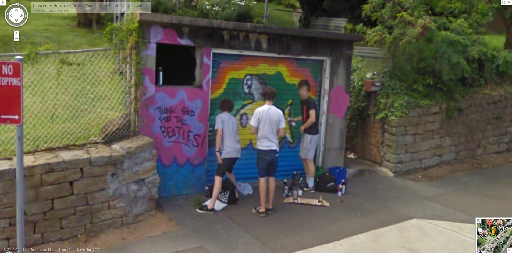 aussie-teens-caught-in-the-act-painting-graffiti--