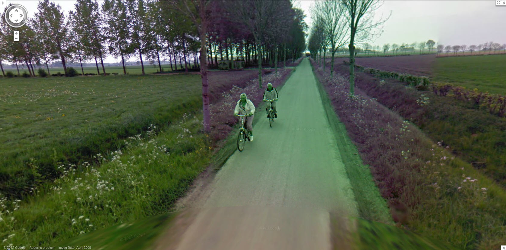 dutch-bicyclists-ride-through-a-no-blur-zone-in-google-street-view