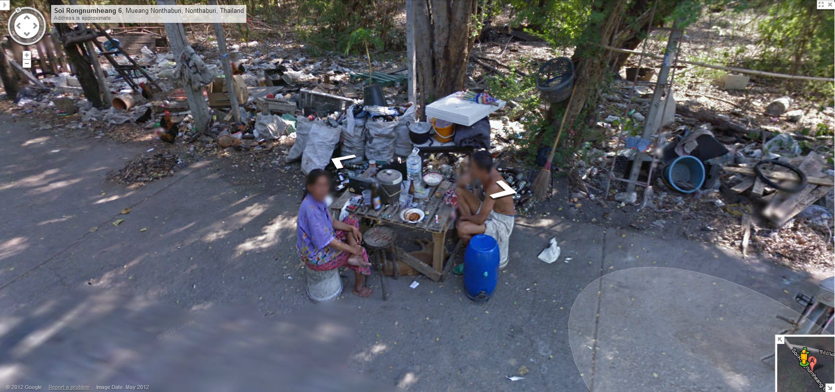 google-street-view-captures-lunch-time-in-rural-thailand
