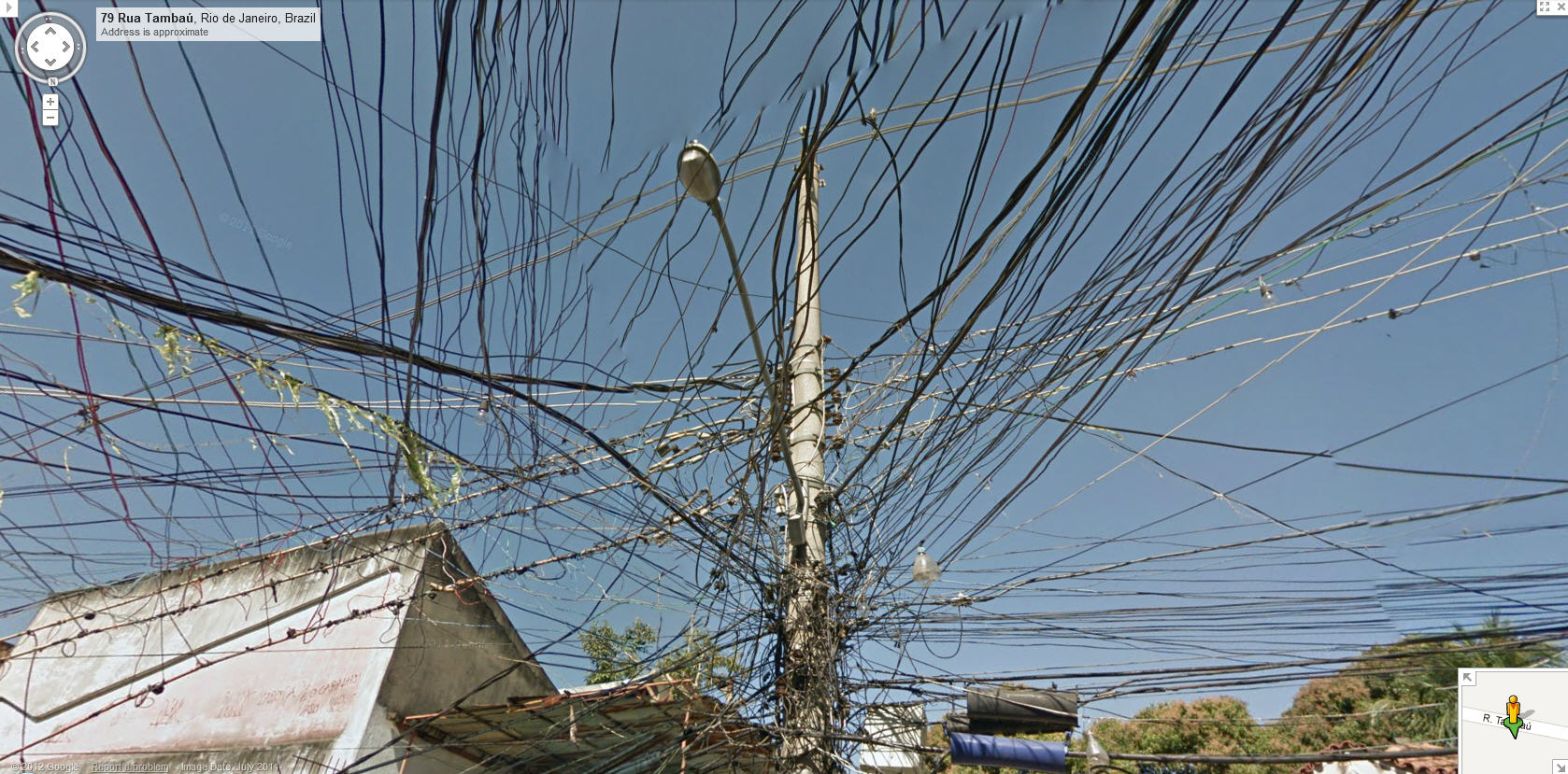 Google Maps Street View Brazil Captures a Web of Wires | Google ...