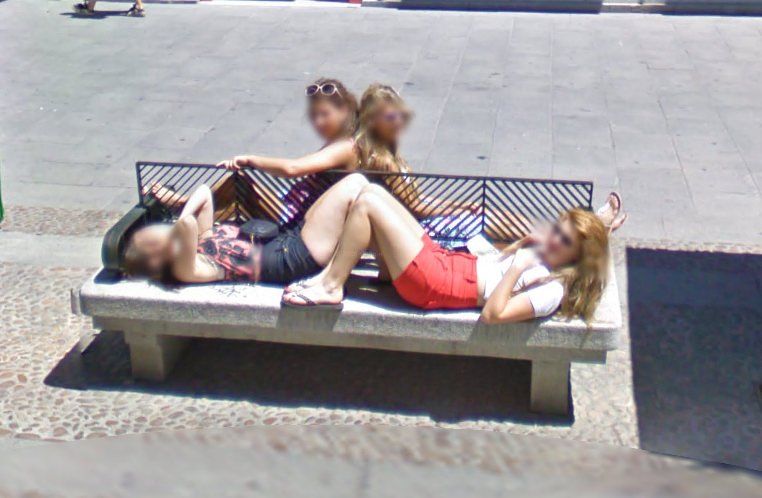 google-street-view-seeing-mirrored-double