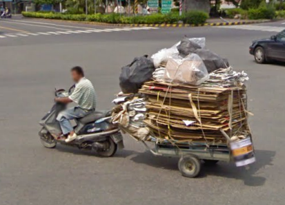 google-maps-street-view-taiwan-captures-a-pretty-powerful-scooter