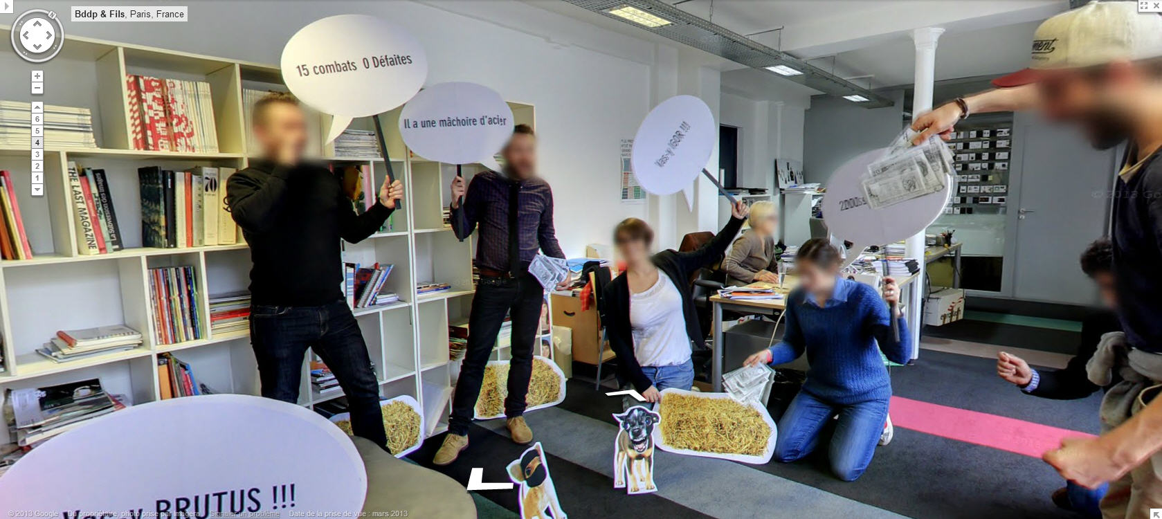 Crazy Frenchmen (and ladies) on Google Street View indoors