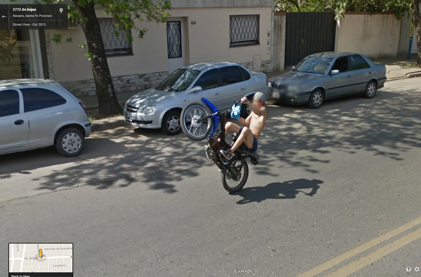 awesome wheelie care of google street view google street. Black Bedroom Furniture Sets. Home Design Ideas