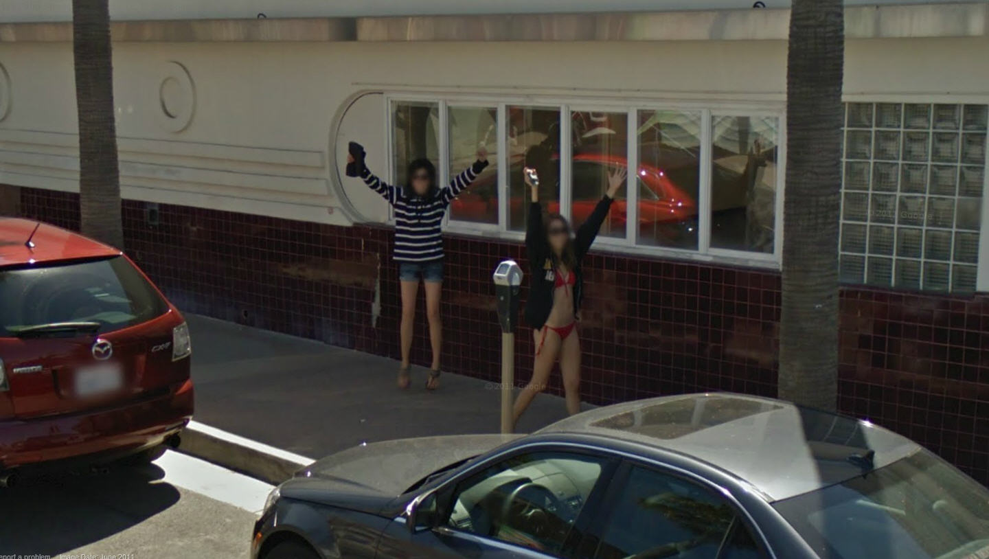 Google Has Some Serious Fans in Newport Beach