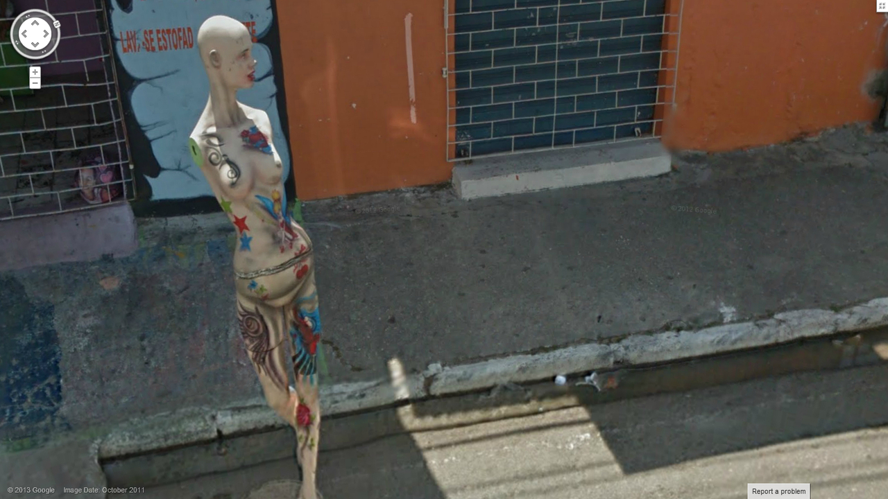 This is a strange street view