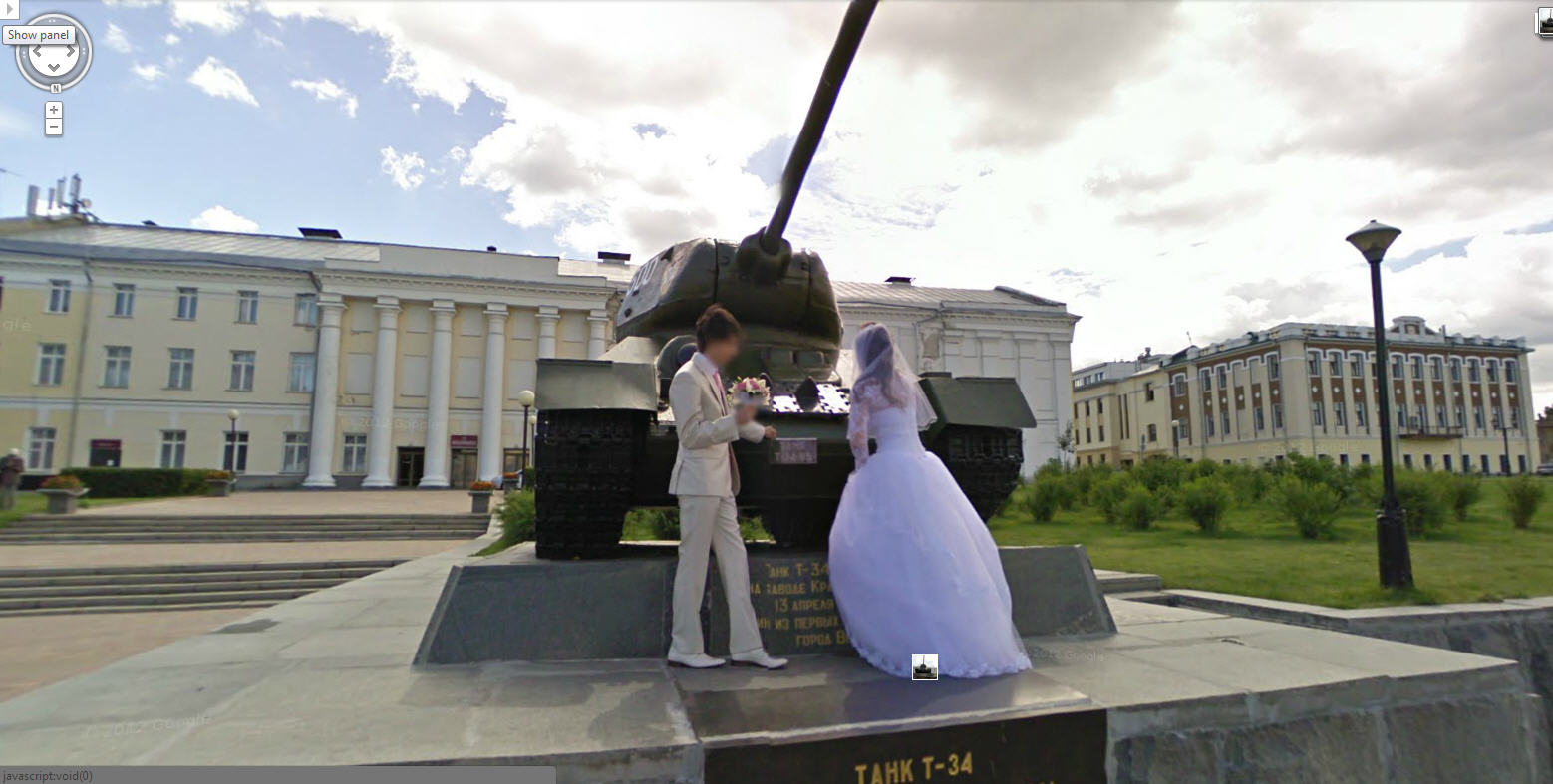 Now that's a memorable wedding picture.