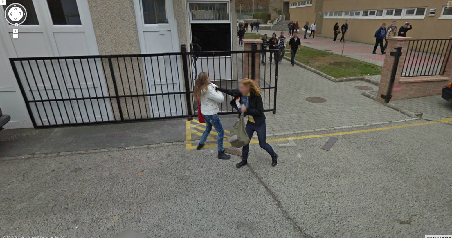 Google Captures a Couple of Teen Girls Fighting