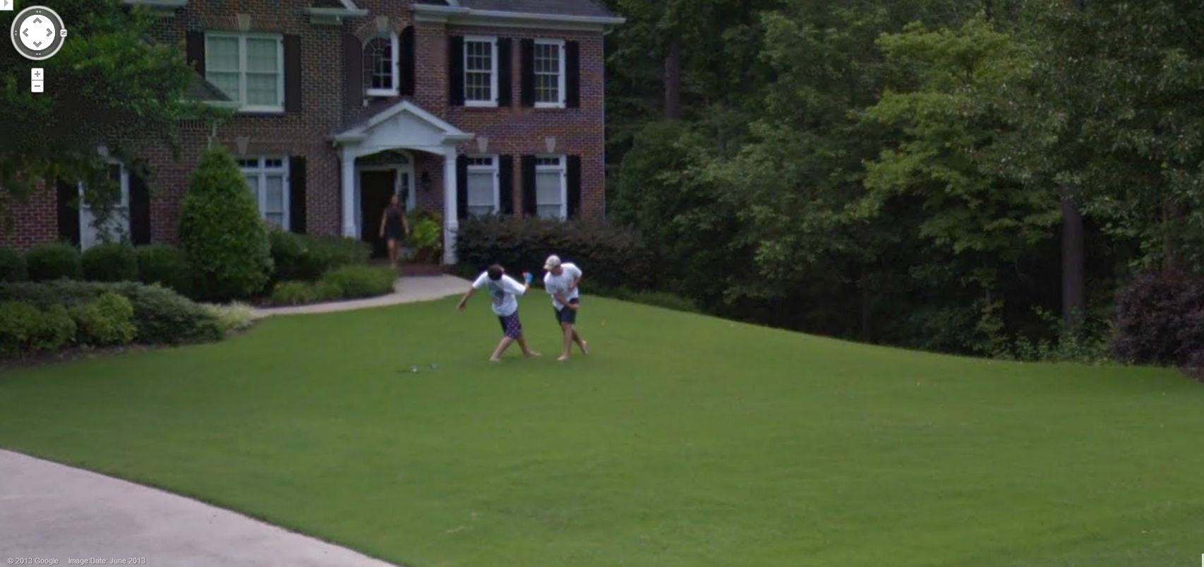 Google Captures a Fist Fight on a Georgia Lawn