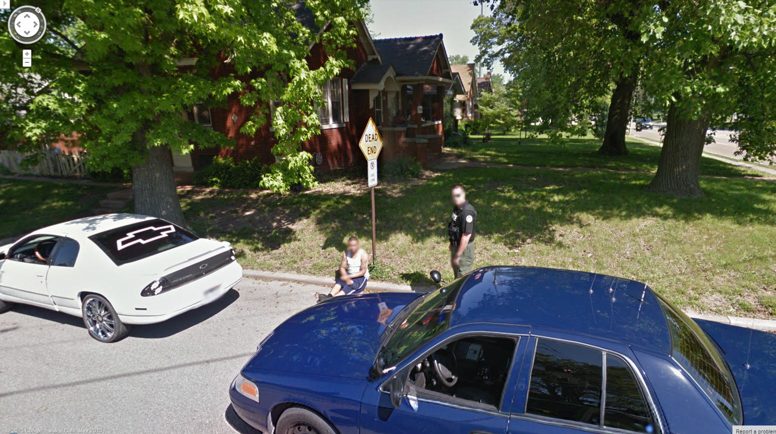 Hilarious – Google Street View Captures Guy Getting Handcuffed