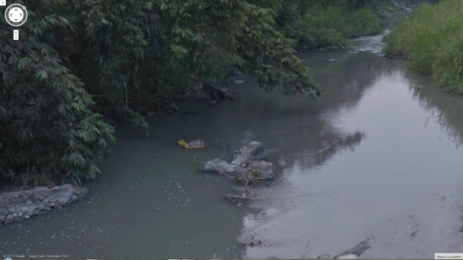 Google Street View Discovers a Body Floating in a Taiwan River