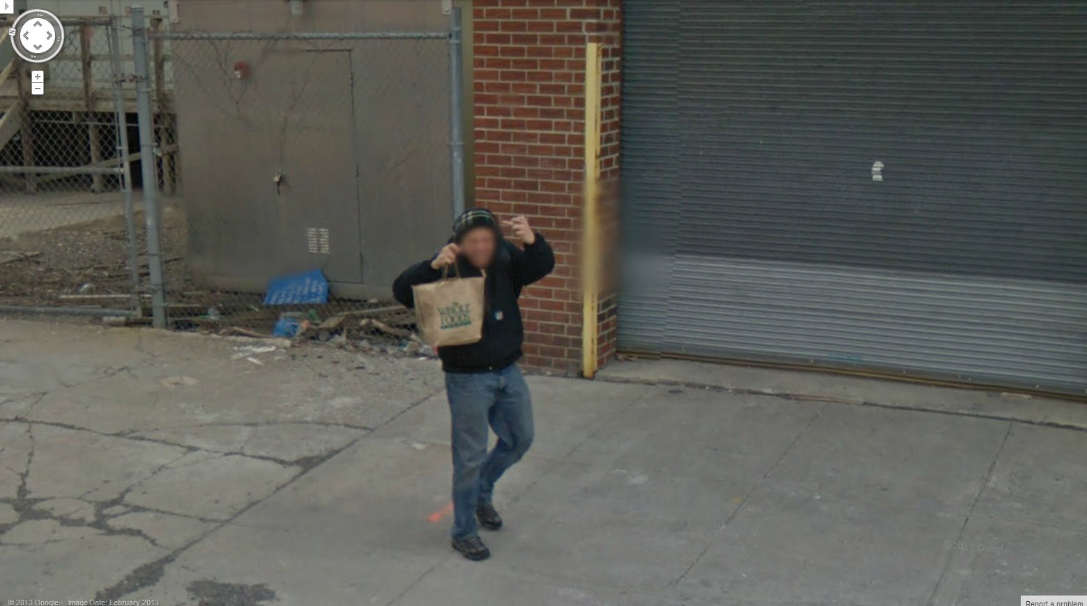 Another New Yorker Fingering Google Street View