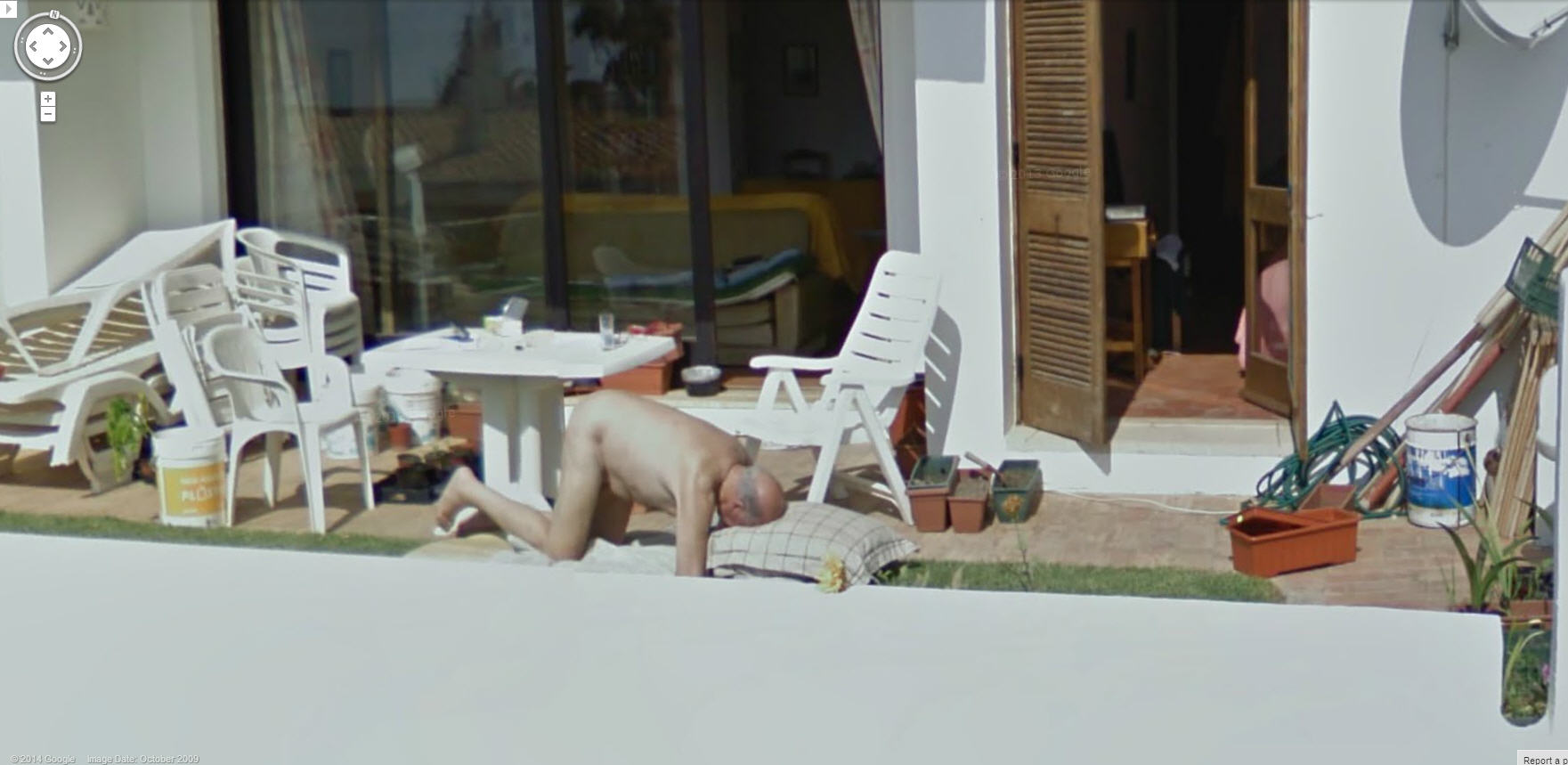Naked girl on google maps 8