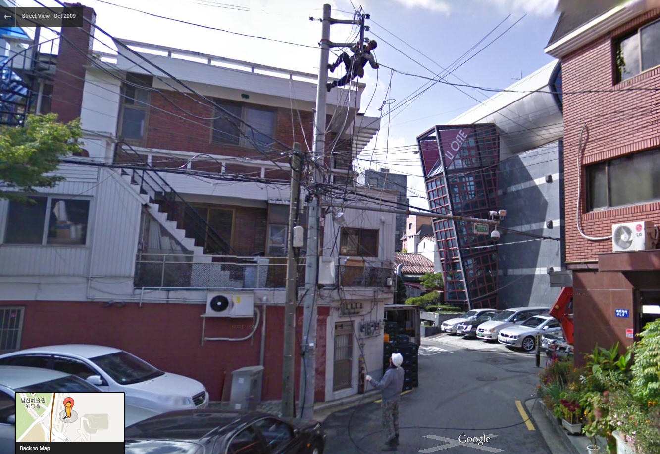 Google Street View captures a bunch of crossed wires