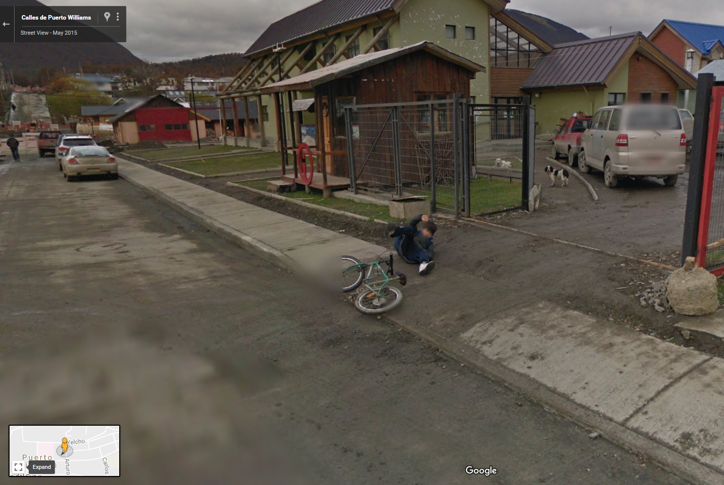 Google Street View Chile Captures a Bike Fail